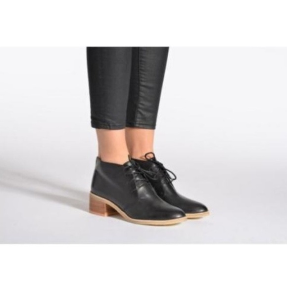 fcb864cb6ca Clarks Shoes - Clarks Originals Phenia Carnaby Black Leather Boot